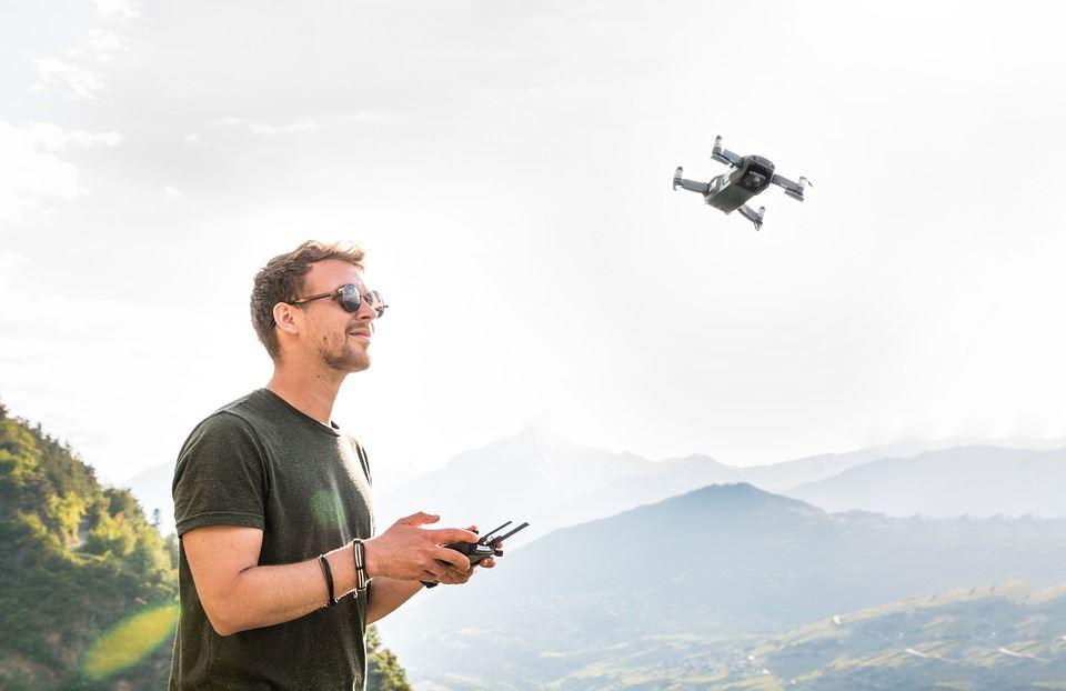 Mænd elsker flyvende legetøj