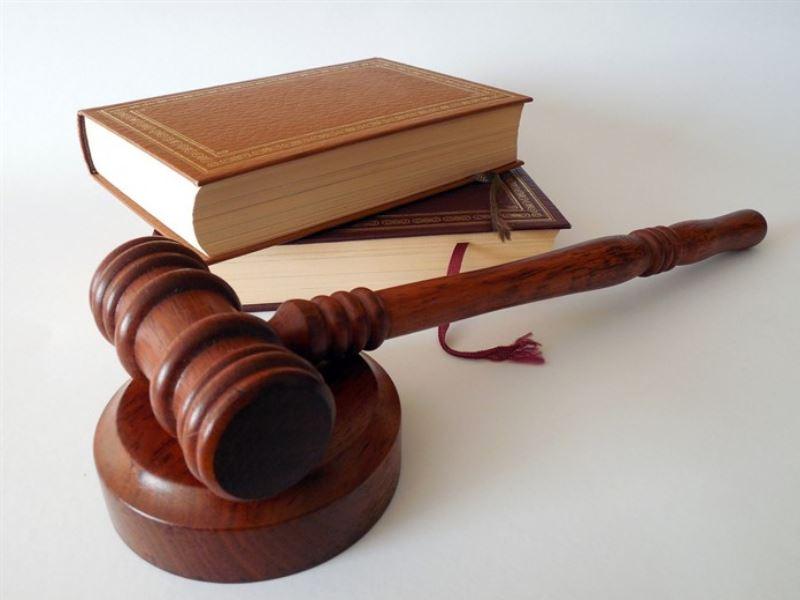 Juridisk platform eller gammeldags advokat?