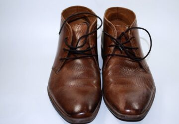 Sådan plejer og renser du dine sko